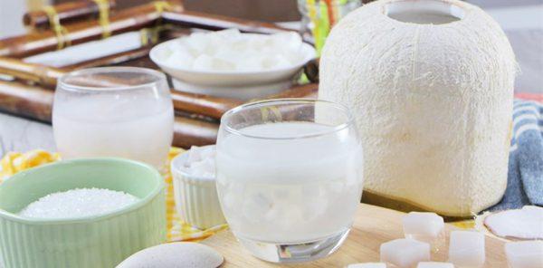 Cách làm thạch rau câu trái dừa