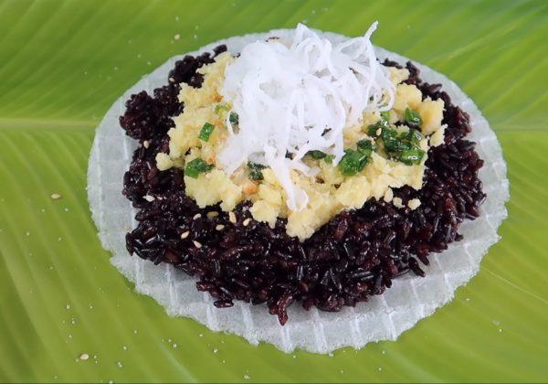 Cách làm xôi nếp than nhân đậu xanh nước cốt dừa béo ngậy