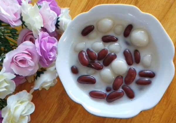 Cách làm chè đậu đỏ bột nếp nước cốt dừa thơm ngon
